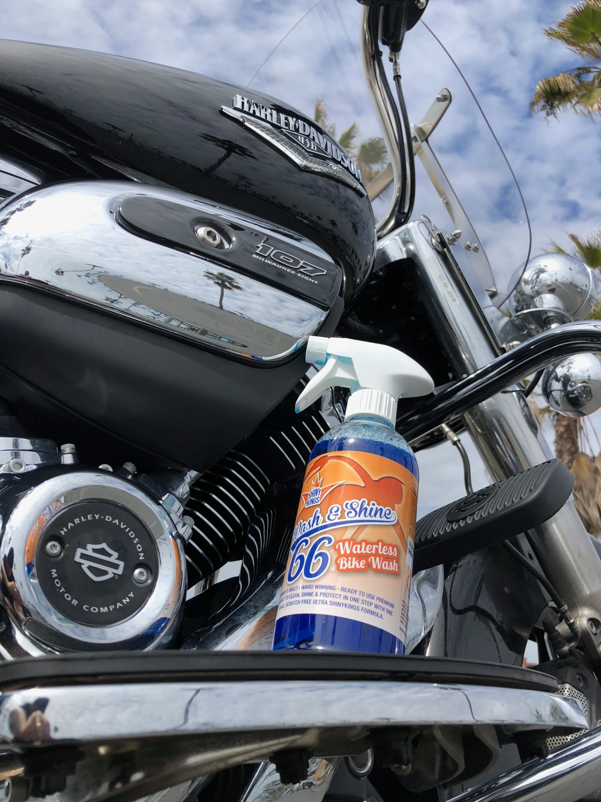 best motorcycle cleaner, best quick detailer fpr motorcycle, waterless motorcycle cleaner, waterless motorcycle wash, waterless bike wash, Wash&Shine 66 bike wash, Shinykings